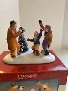 1998 Lemax Hearthside Village porcelain figurine MAKING MEMORIES  #83269