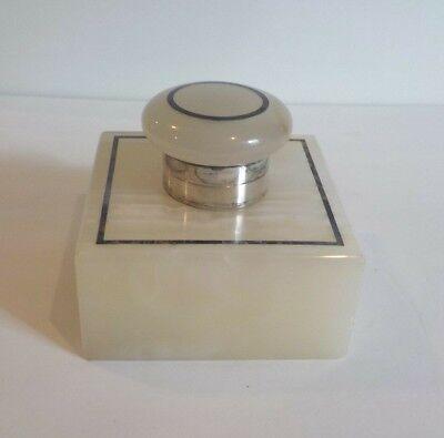 Aktiv Englische Art Déco Alabaster / Onyx Inkwell. Sterling Silber Kragen, C.1910 Neueste Technik