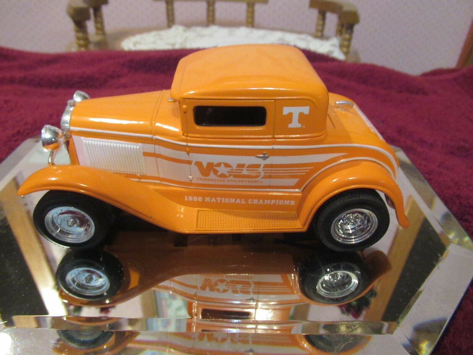 VINTAGE Die Cast 1 25 Scale Tennessee Vol Ford Model A   1 of 7  IN 2ND SET
