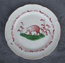 Ancienne assiette en faïence LES ISLETTES décor au cochon