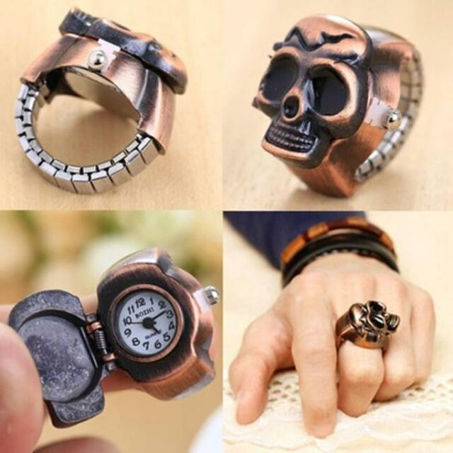 Fashion Unisex Retro Vintage Finger Skull Ring Watch Clamshell Quartz Watch Gift
