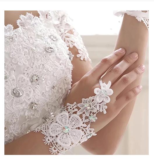 Fancy Fingerless White Wedding Lace Elegant Gloves Tie Up Bridal Hand Accessory