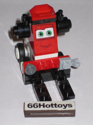 LEGO 8679 Disney Pixar Cars Pit Crew Helper New