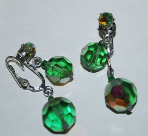 Costume-Fashion-Jewelry-Earrings-Clip-On-Bead-Dangles-Emerald-Green-Silver-VTG