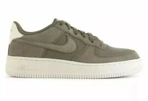 Details about Nike Air Force 1 Suede '07 Youth Size 7Y Medium OliveSail AR0265 200 NEW