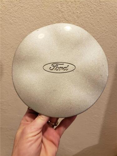 1996-1999 Ford Taurus Center Cap