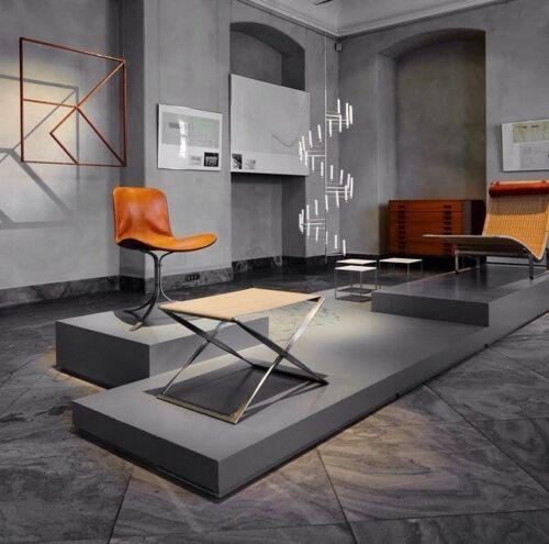 Poul Kjaerholm e Kold christensen Logo - Arne Jacobsen - charle emes mogensen