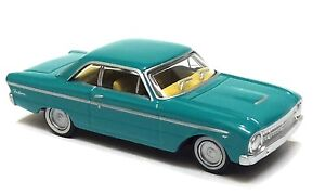 1-87-1966-XM-COUPE-TURQUOISE-MIST-DIECAST-IN-ACRYLIC-DISPLAY-CASE