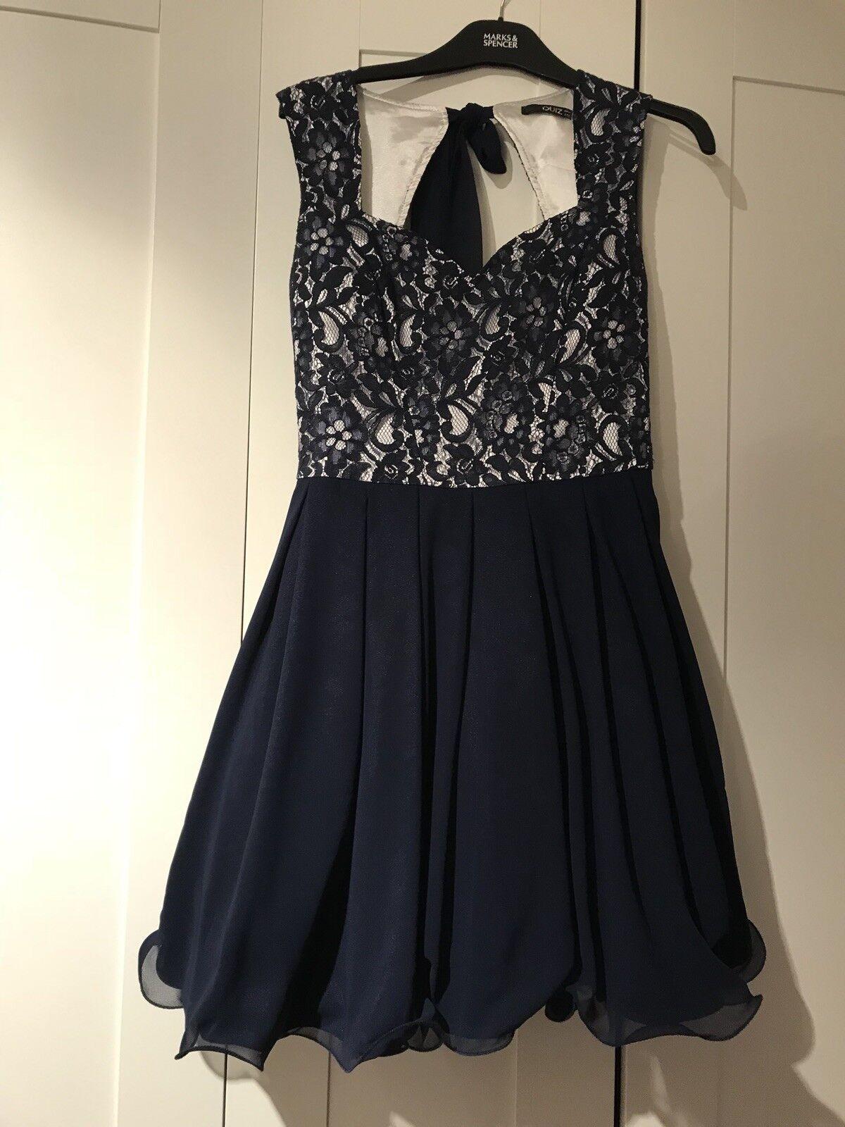 Dress size 14 quiz bluee