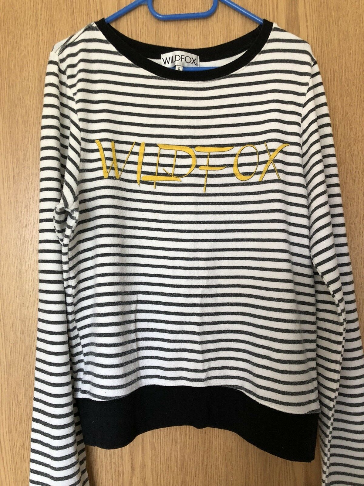 WILDFOX Women's Stripe Sweatshirt Top Size S Small