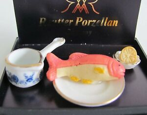 1:12 - reutter miniature porcelaine assiette + poisson + caisse rôle + citron  </span>