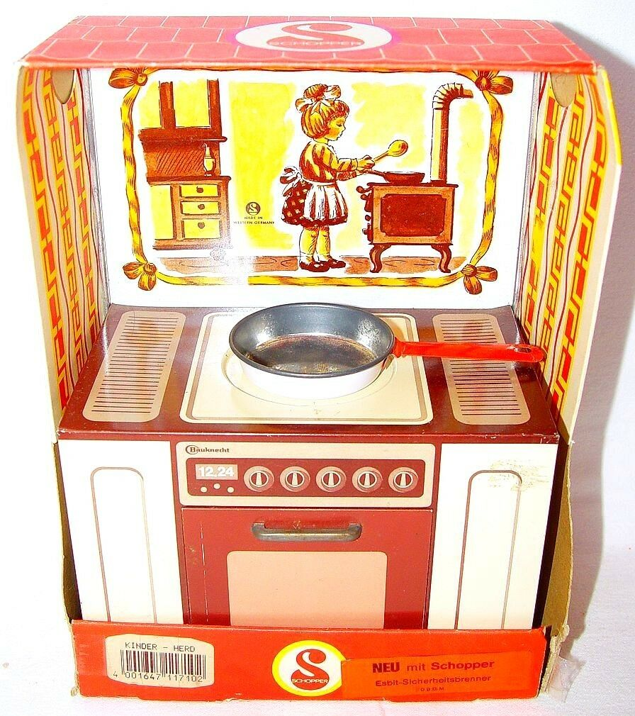 Schopper Germany 12  Doll Größe HISTORIC KITCHEN COOKING SET Tin Toy MIB`80 RARE