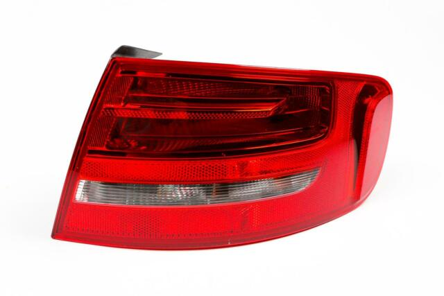 Audi A4 B8 08-11 Estate Rear Outer Light Lamp Right Driver Off Side O//S OEM