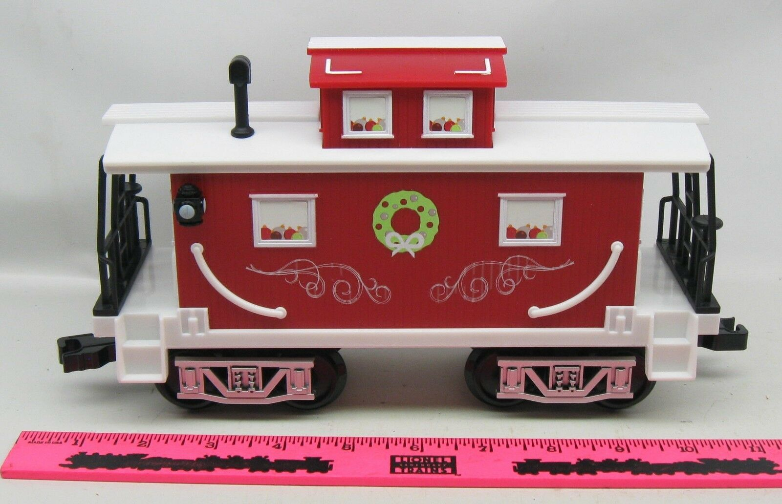 Lionel   Home for the Holiday caboose Ready to play