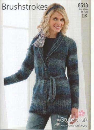 "Stylecraft Knitting Pattern Long Veste Ceinturée À Col DK Femmes 32-42/"" 8513"