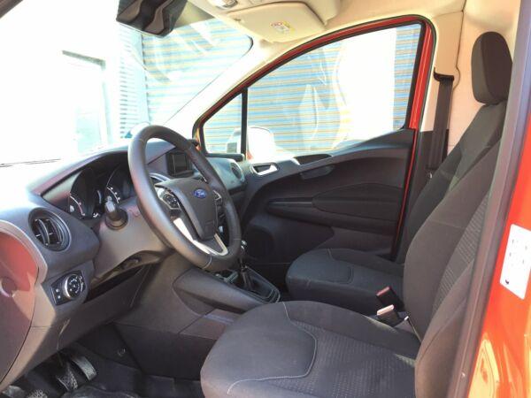 Ford Transit Courier 1,5 TDCi 100 Trend - billede 4