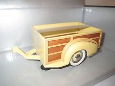 "Motor City Classics  ""1939"" Chevy Master Deluxe Trailer (gelb/braun)  1:18 OVP"