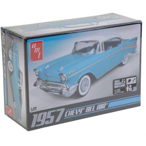 AMT AMT AMT 1  25 1957 CHEF BEL AIR modelllllerL NY I låda