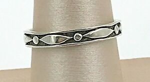 VINTAGE-925-Sterling-Silver-Decorative-Thin-Band-Ring-Size-8-5
