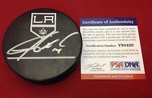 Justin Williams signed LA Kings Hockey Puck PSA/DNA Cert# Y95420