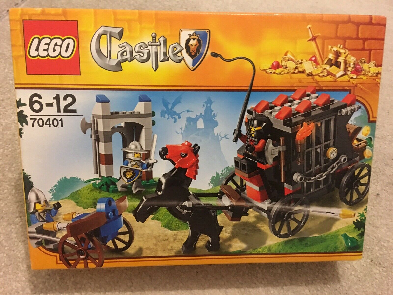 LEGO Castle gold Getaway (70401) - Brand New Sealed In Box
