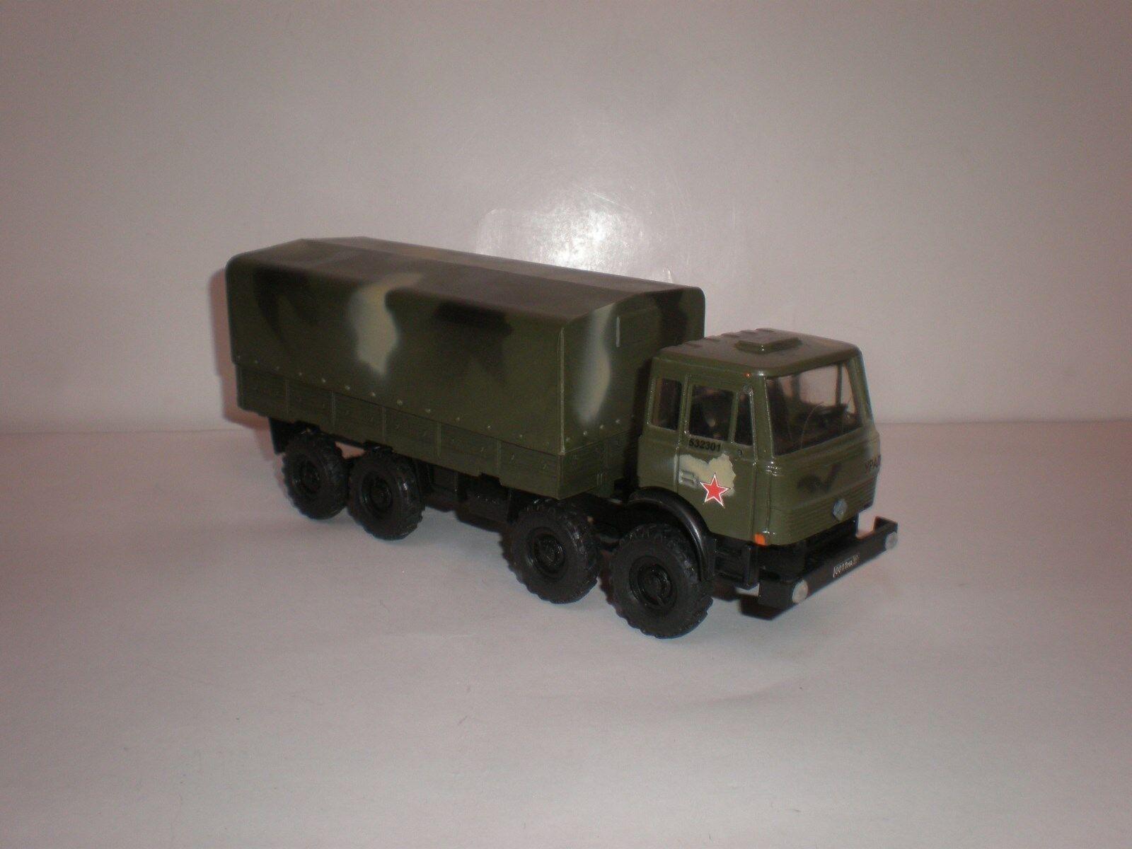 1/43 camión militar rusa Ural 532301