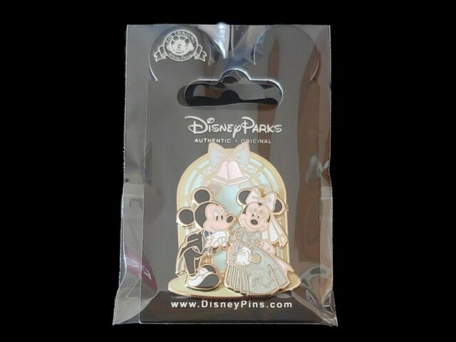 Disney Pin Mickey & Minnie Mouse Wedding Archway Bride & Groom 3D