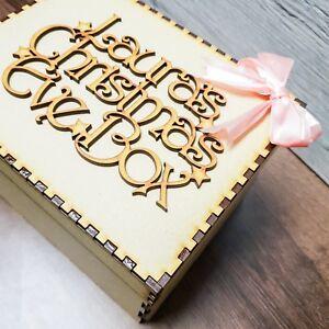 Scatola-in-legno-Vigilia-di-Natale-Topper-Personalizzato-Qualsiasi-Nome-Regalo-di-Natale-Mini-forma