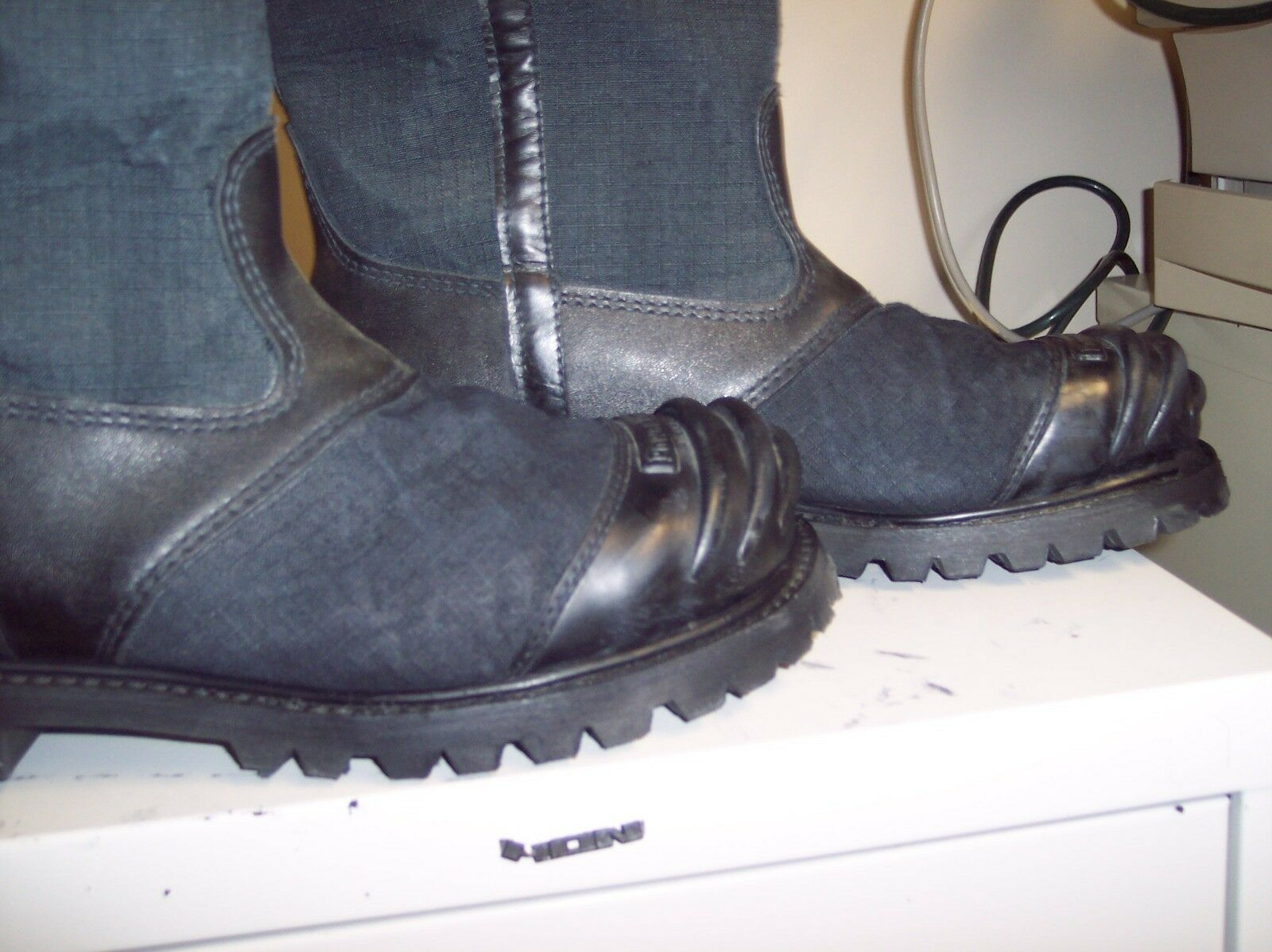 PRO  FIREFIGHTING BOOTS GOING FAST  STYLE 5000  HURRY ON SALE 99.95 SIZE 12E