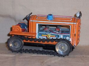 Vintage Antique Tin Friction Crawler Tractor w/ Moving Pistons Farm Toy Dozer