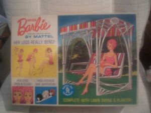 Vintage-One-Owner-MISS-BARBIE-BOX-Gorgeous-Graphics-amp-totally-NEAR-MINT