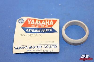 109-14613-01-00 YAMAHA NOS YJ1//2 YG5T YG5S 1964-1969 EXHAUST PIPE GASKET