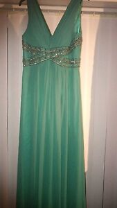 Lovely-Designer-Prom-ball-Green-Sequin-Embellished-Party-Dress-sz-10-Maxi-50s