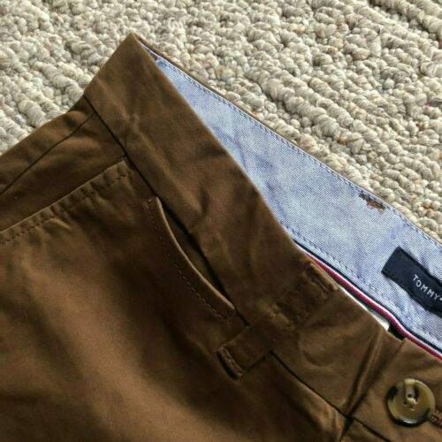 NWT Tommy Hilfiger Men/'s TH Flex Stretch Classic Fit Chino Pants 10 Color All Sz