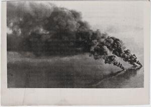 Britischer-Geleitzug-im-Bombenhagel-Orig-Pressephoto-von-1942