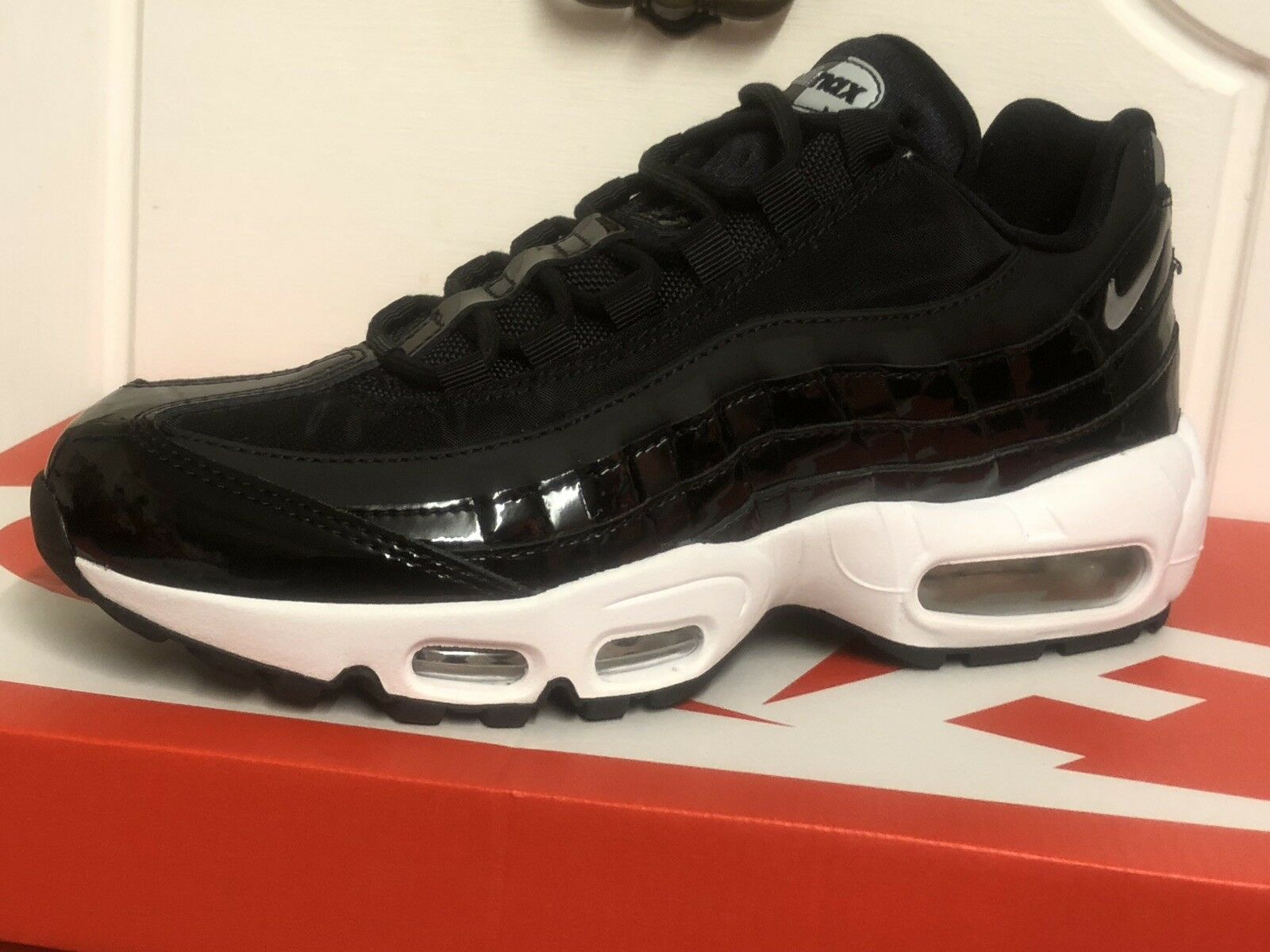 factory authentic 72737 8960e ... Nike Nike Nike Air Max 95 SE PRM Wo Trainers Baskets Chaussures Eur 39  US 8 ...