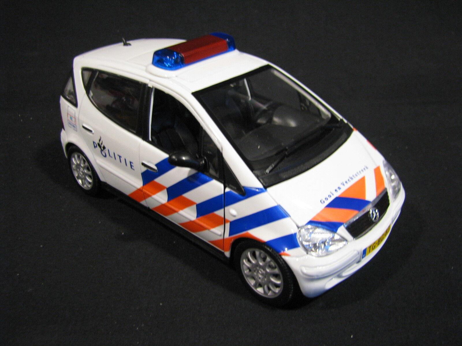 Maisto Mercedes-Benz A-Klasse 1 18 Politie Gooi en Vechtstreek (NED) (JvM)