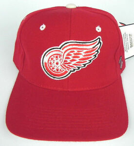 DETROIT-RED-WINGS-RED-NHL-ZEPHYR-SHOOTOUT-VINTAGE-FITTED-SIZED-Z-CAP-HAT-NWT