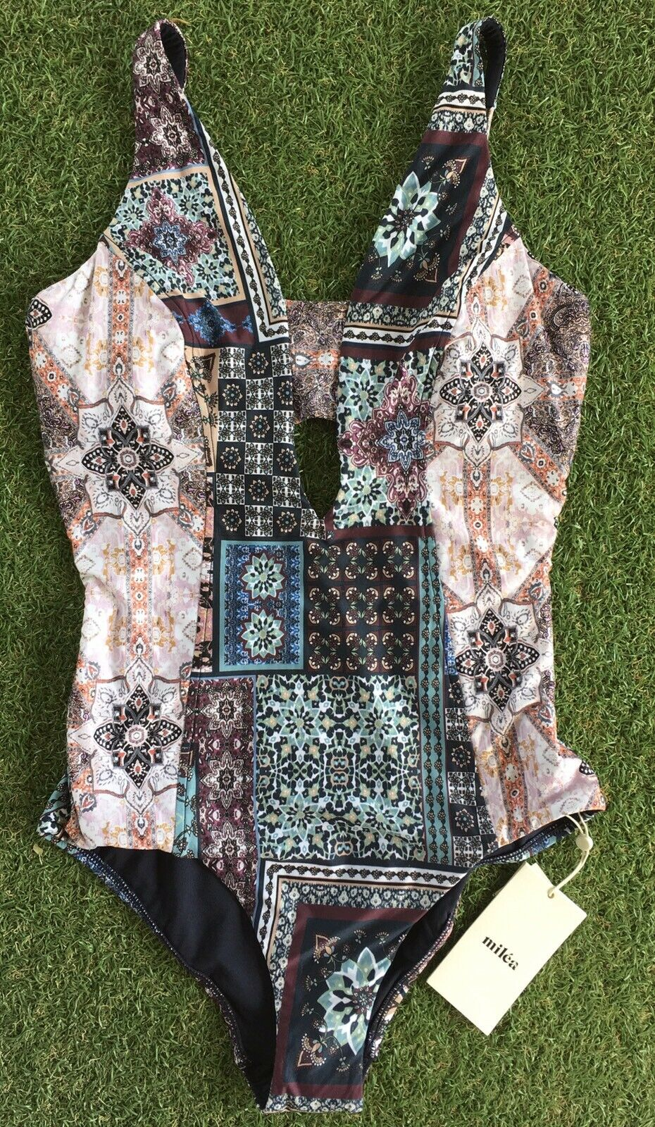 New Milea Turkish Tile DD E Cup Plunge Maillot In Ink - Size AU10   US6