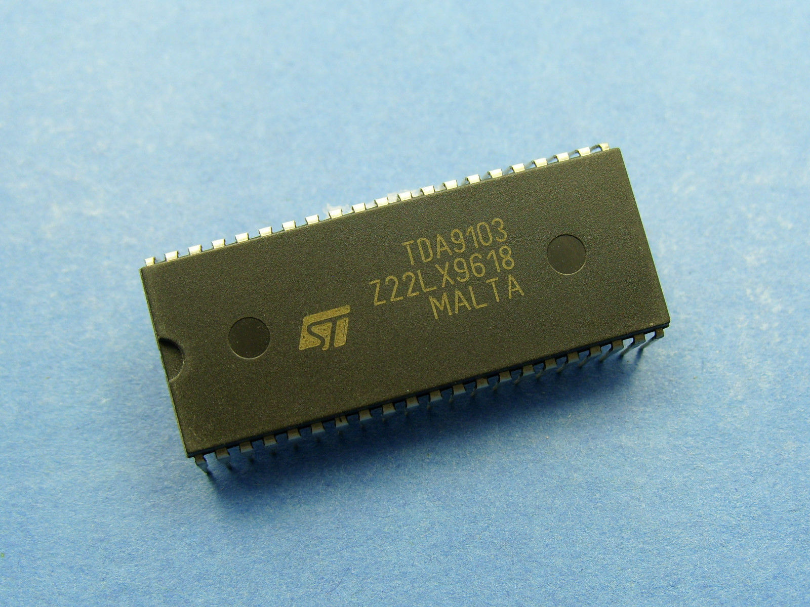 SGS-THOMSPON TDA1175 LOW NOISE VERTICAL DEFLECTION IC FREE FREIGHT ST