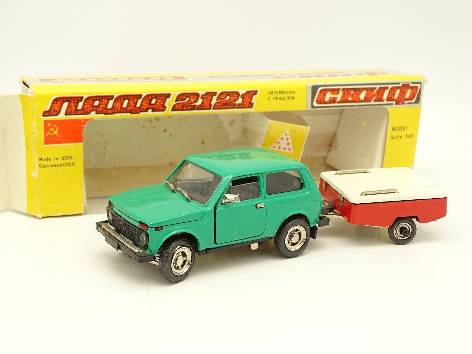 UDSSR Saratow 1 43 - Lada Niva grün + Anhänger Skif Rot