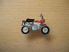 Pin Honda Monkey rot red Kleinkraftrad Moped Motorrad Art. 0284 Spilla