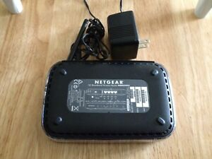 NetGear 3G Mobile Broadband Wireless Router with 4 Ports MBR624GU-100