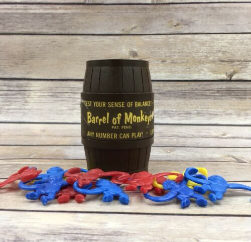 #B Vintage 1966 Barrel of Monkeys Lakeside Toys with label 12 monkeys