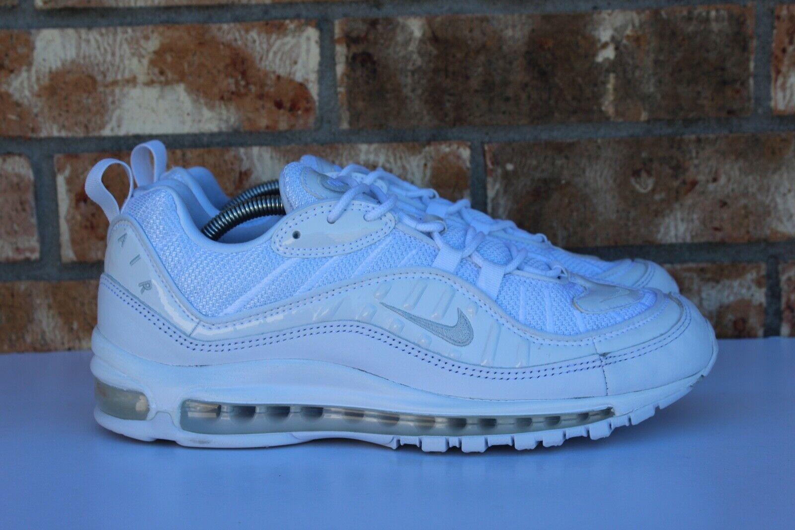 9f0dbffbf058 Men s Nike Air Max 98 Running Shoes Triple White Pure Platinum Sz ...