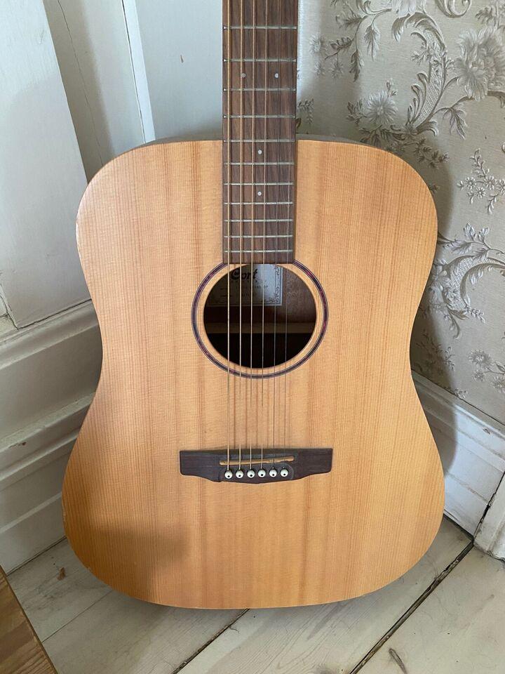 Guitar, Cort Earth Grand op