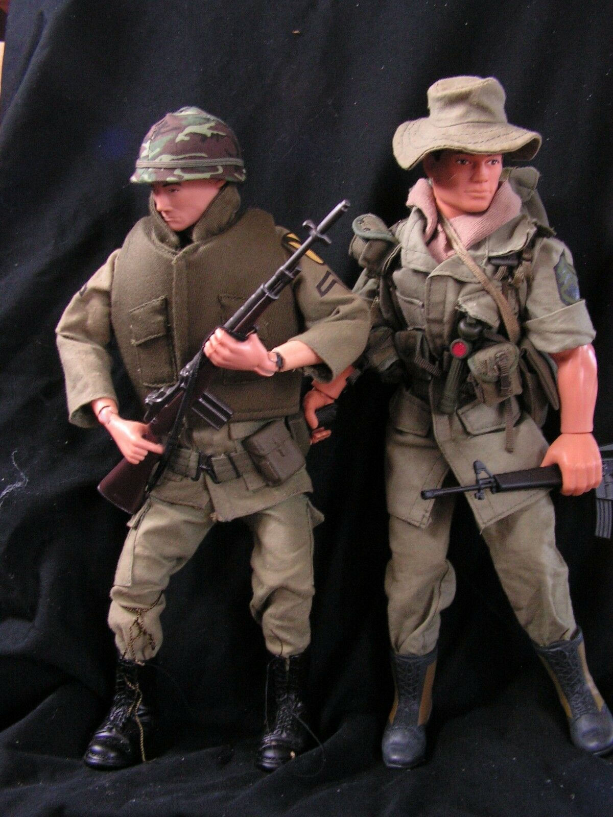 1 6th scale  custom US Army Vietnam War, 1st cavalry soldier AND Bush Trooper
