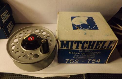 New Old Stock MITCHELL 752 754 FLY FISHING REEL SPOOL NIB 9072