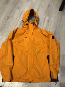 Men's MAMMUT waterproof Drytech Jacket Mountain Orange Jacket Size XL