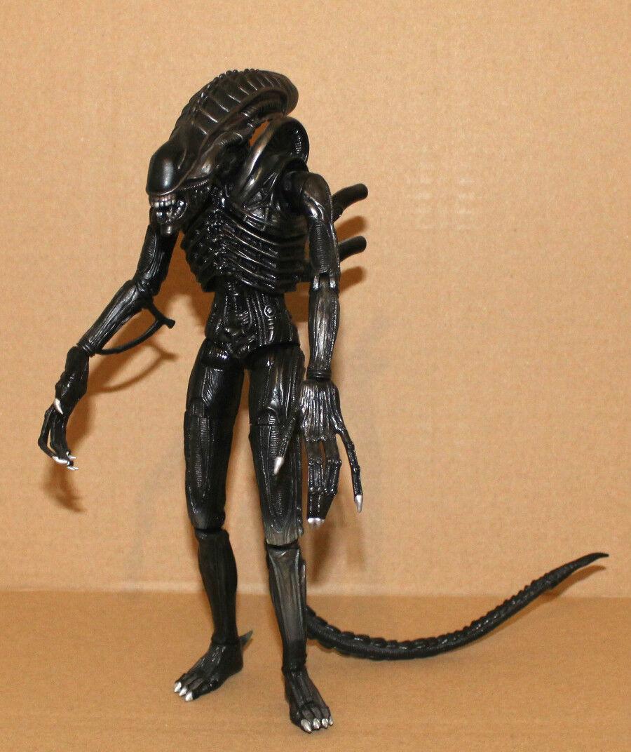 Aoshima Alien Warrior Alien azione  cifra Fox 22cm about  9   Nuova lista